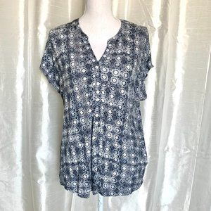 DANA BUCHMAN    CASUAL TOP    LARGE
